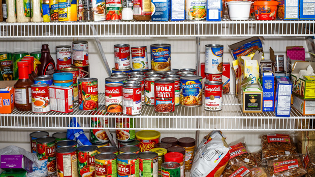 5 foods you should never keep in your pantry