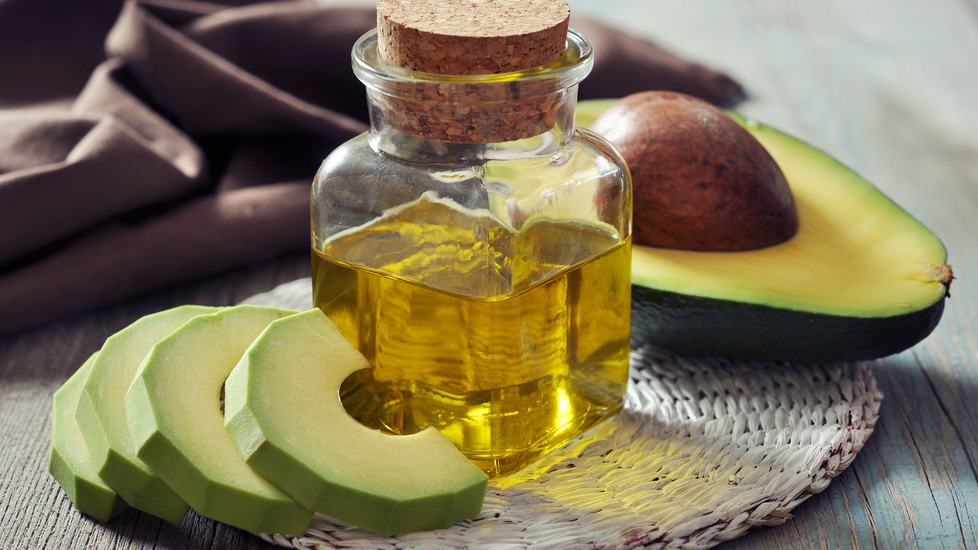 5 ways to use avocado in your beauty routine