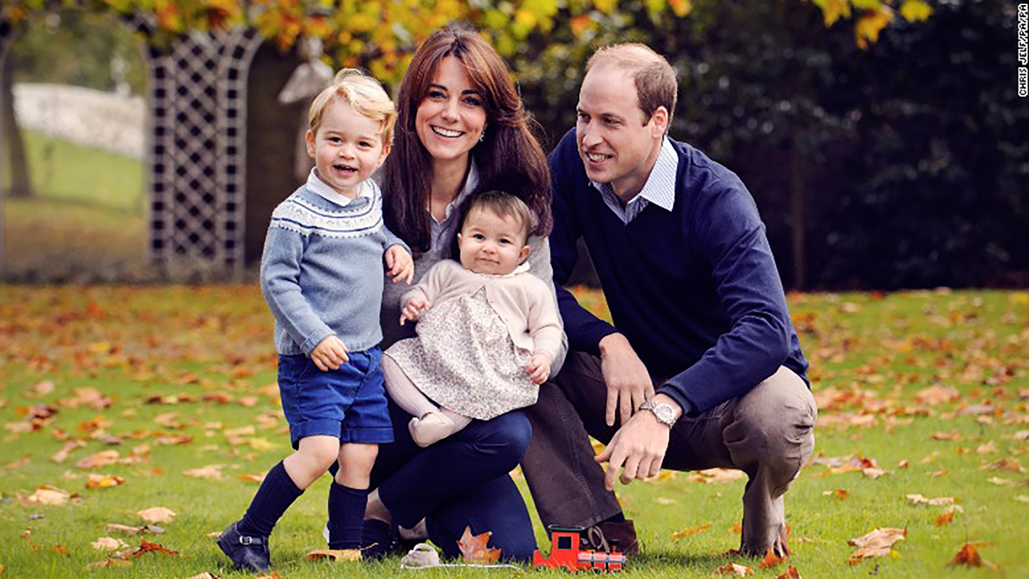 William and Kate release official Christmas photo
