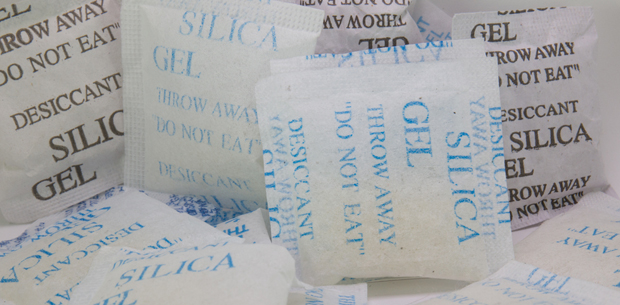 6 clever uses for silica gel bags