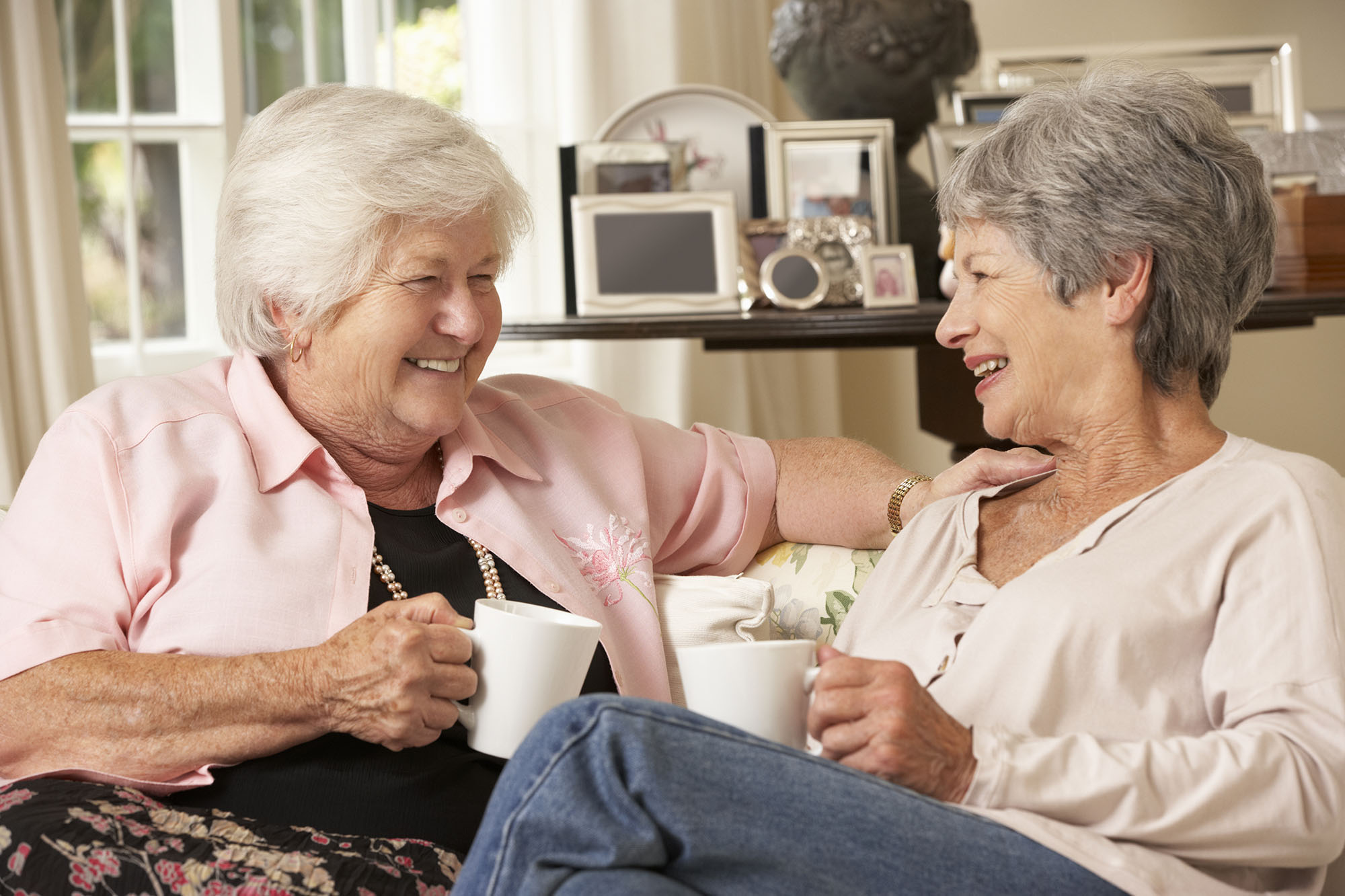 Where To Meet Uruguayan Wealthy Seniors In Canada