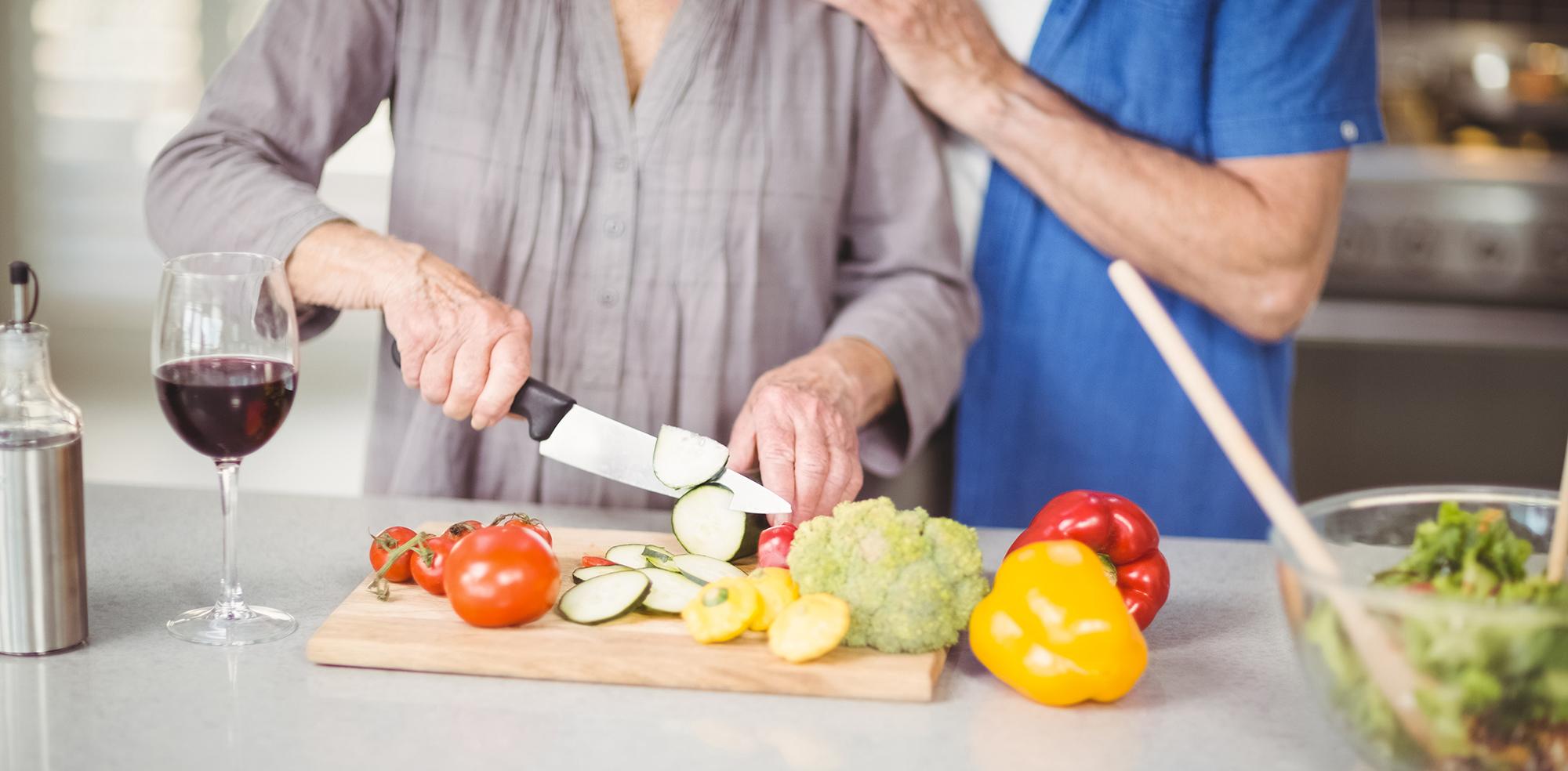 16 kitchen tricks foodies will love