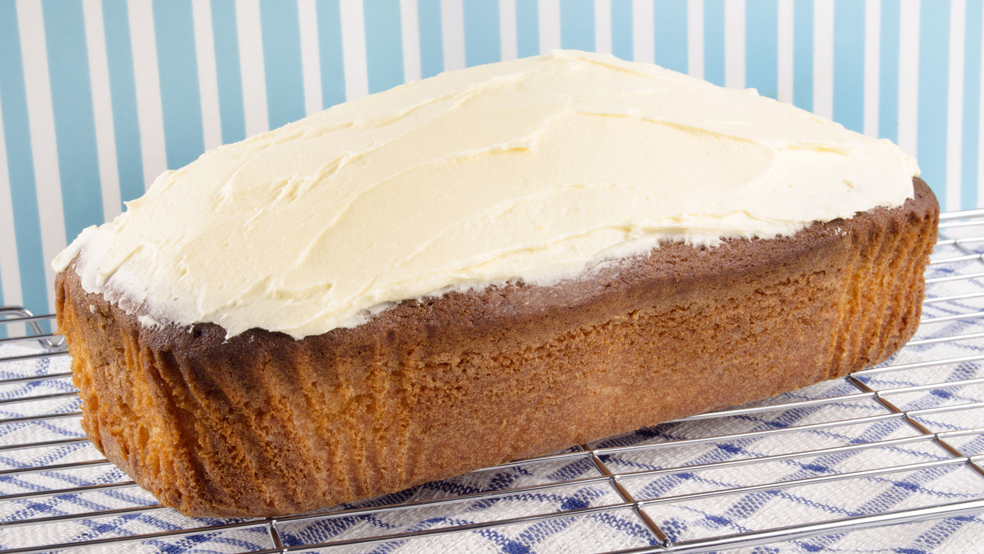 Banana, date and walnut cake with cream cheese icing
