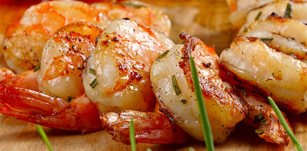 Barbecued prawns with a twist