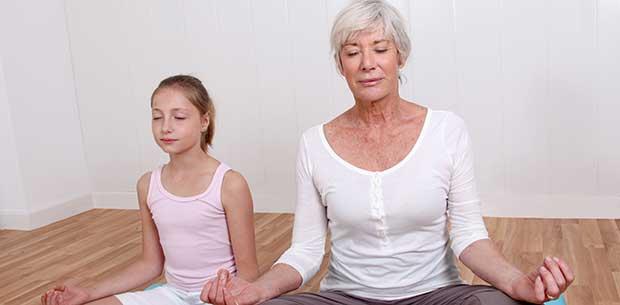 3 ways to teach mindfulness to your grandkids
