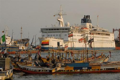 Fishing Village Ship 2000