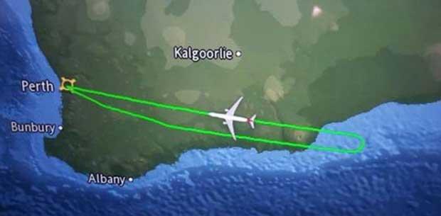 Brisbane-bound Qantas flight forced to turn back to Perth