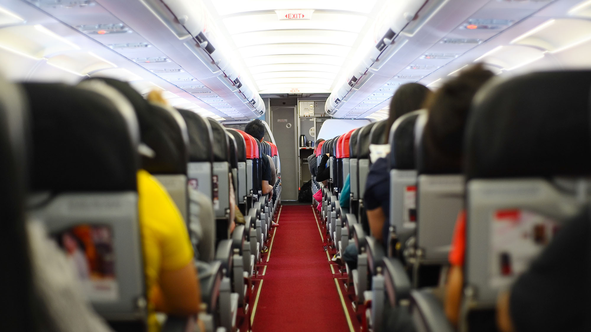 Are the size of seats on planes a health and safety danger?