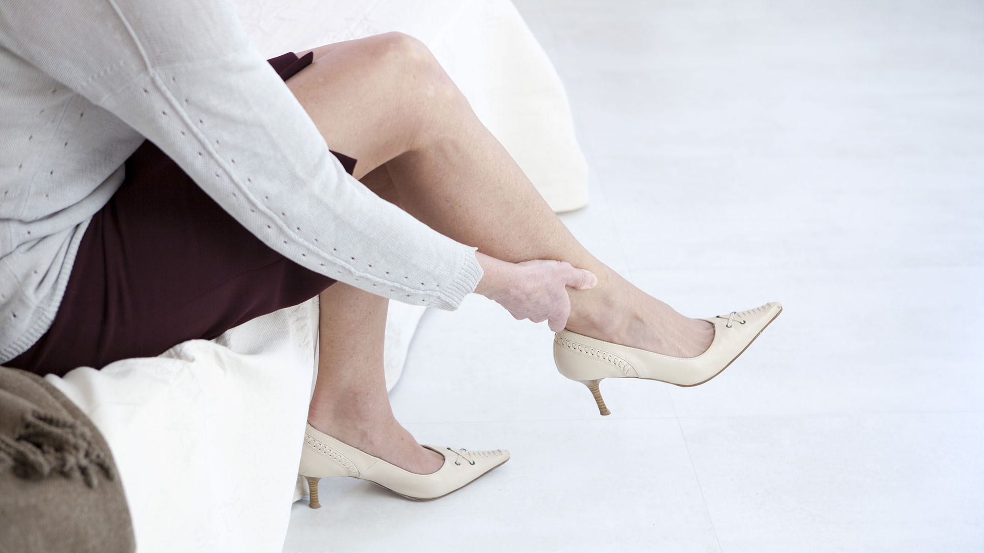 Why high heels can lead to knee replacements