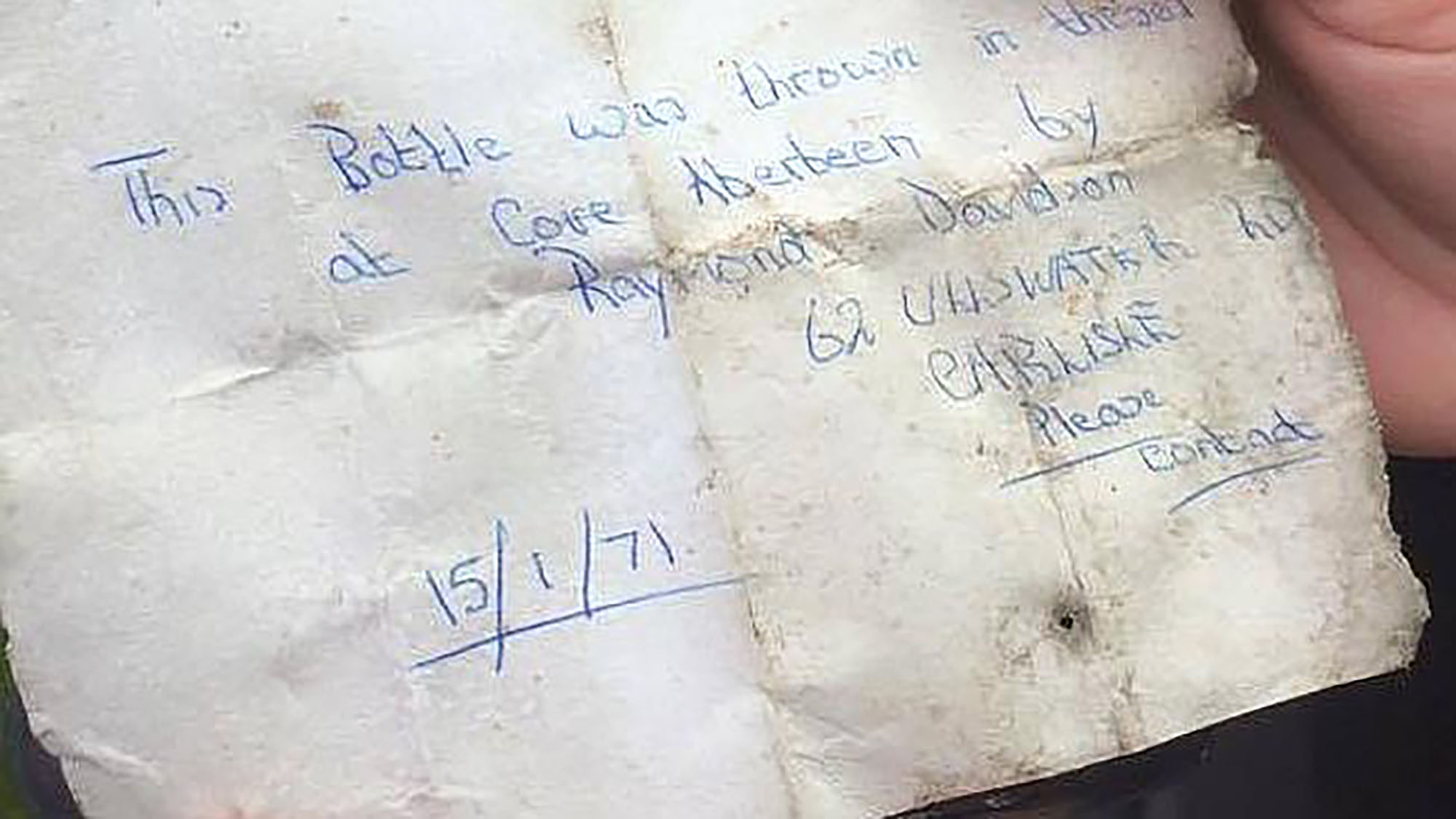 Australian couple finds 44-year-old message in a bottle and track down owner