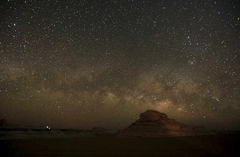 Photographer captures Milky Way above the mysterious Egyptian White Desert