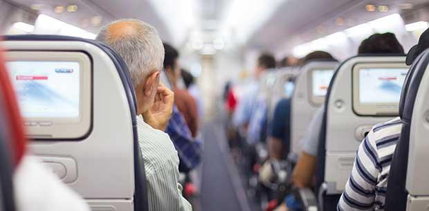 Airline Passenger Shocked by Man Masturbating to Gay Porn