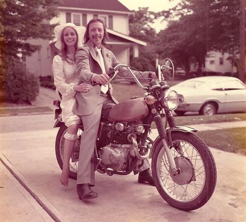 40-year -wedding -anniversary -photos -recreate -1