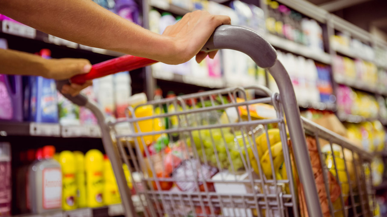 21 tricks to drastically slash your grocery bill
