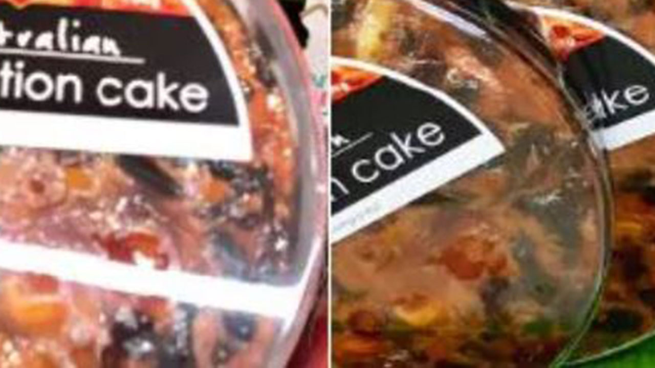 """Woolies under fire for """"offensive"""" Christmas cake"""