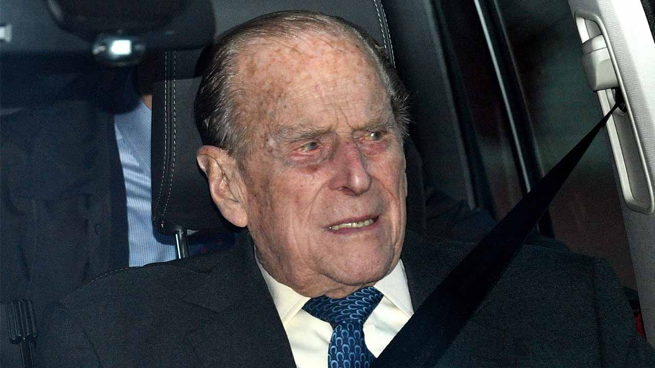 "Prince Philip involved in car crash: ""Very shocked and shaken"""