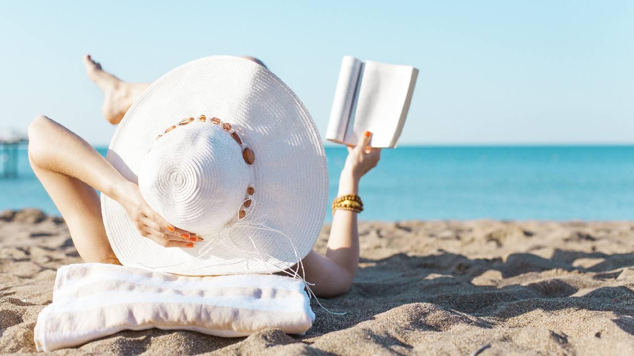 10 great Australian beach reads set at the beach