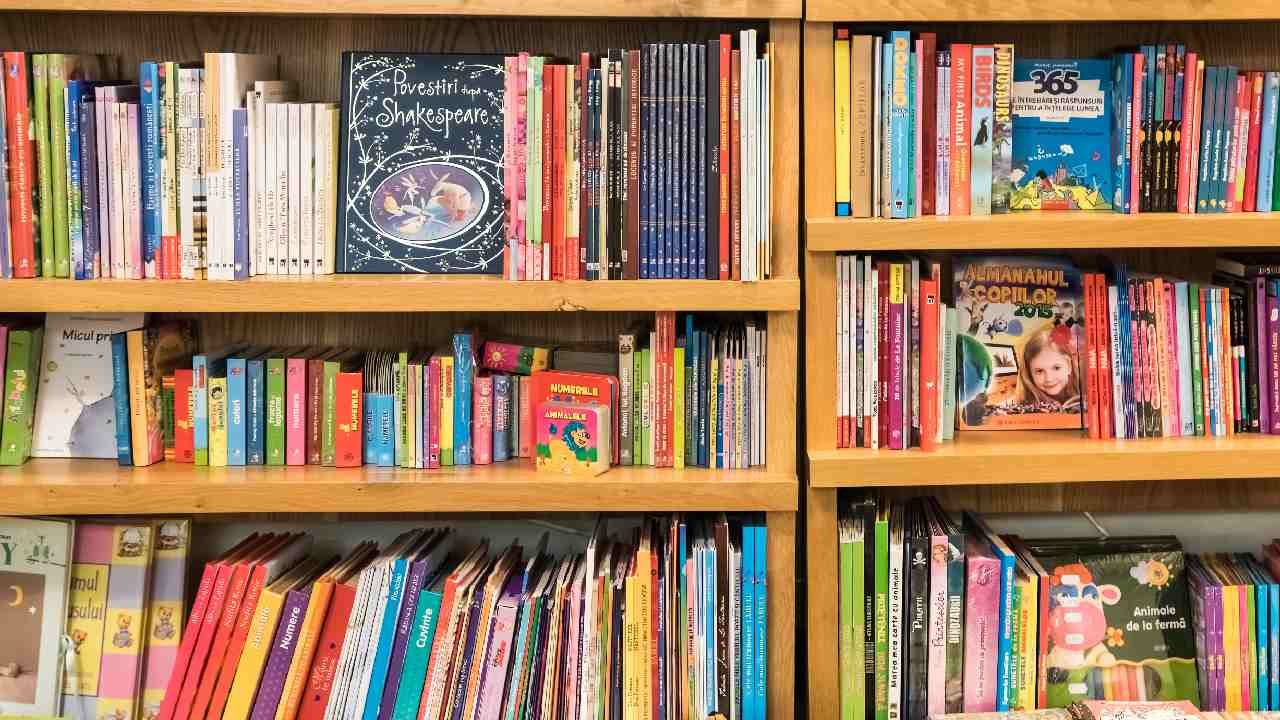 """Why reading children's literature is not """"embarrassing"""""""