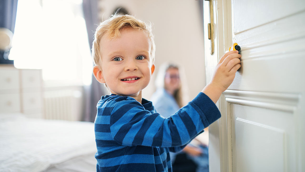 "Why your grandkids should never sleep with the door ""cracked open"""