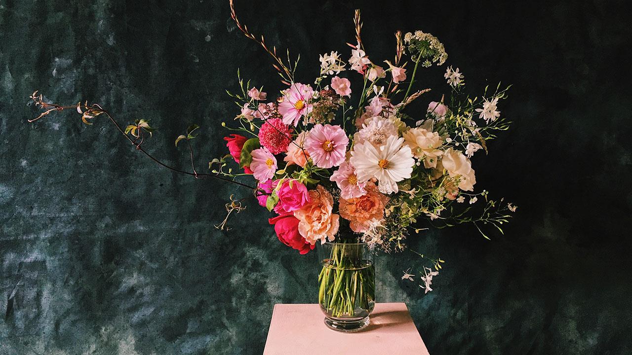 5 ways to make cut flowers last
