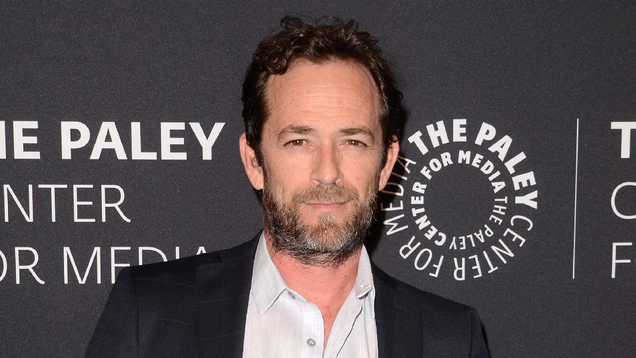 "The ""devastating"" decision that Luke Perry's family made"