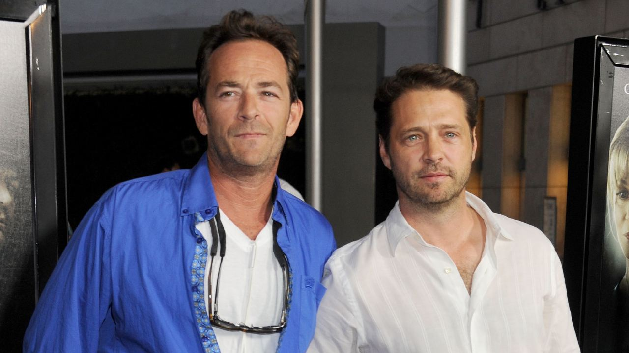 """Jason Priestley speaks out for first time about Luke Perry's death: """"I am in so much pain"""""""