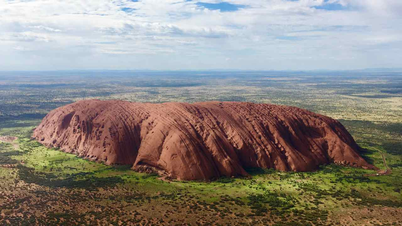 The one souvenir you should never take from Uluru