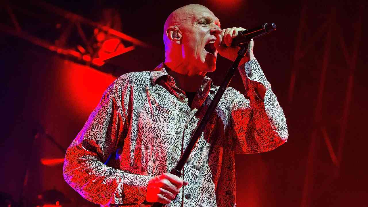 """""""Kick up a fuss"""": Midnight Oil's comeback for special cause"""