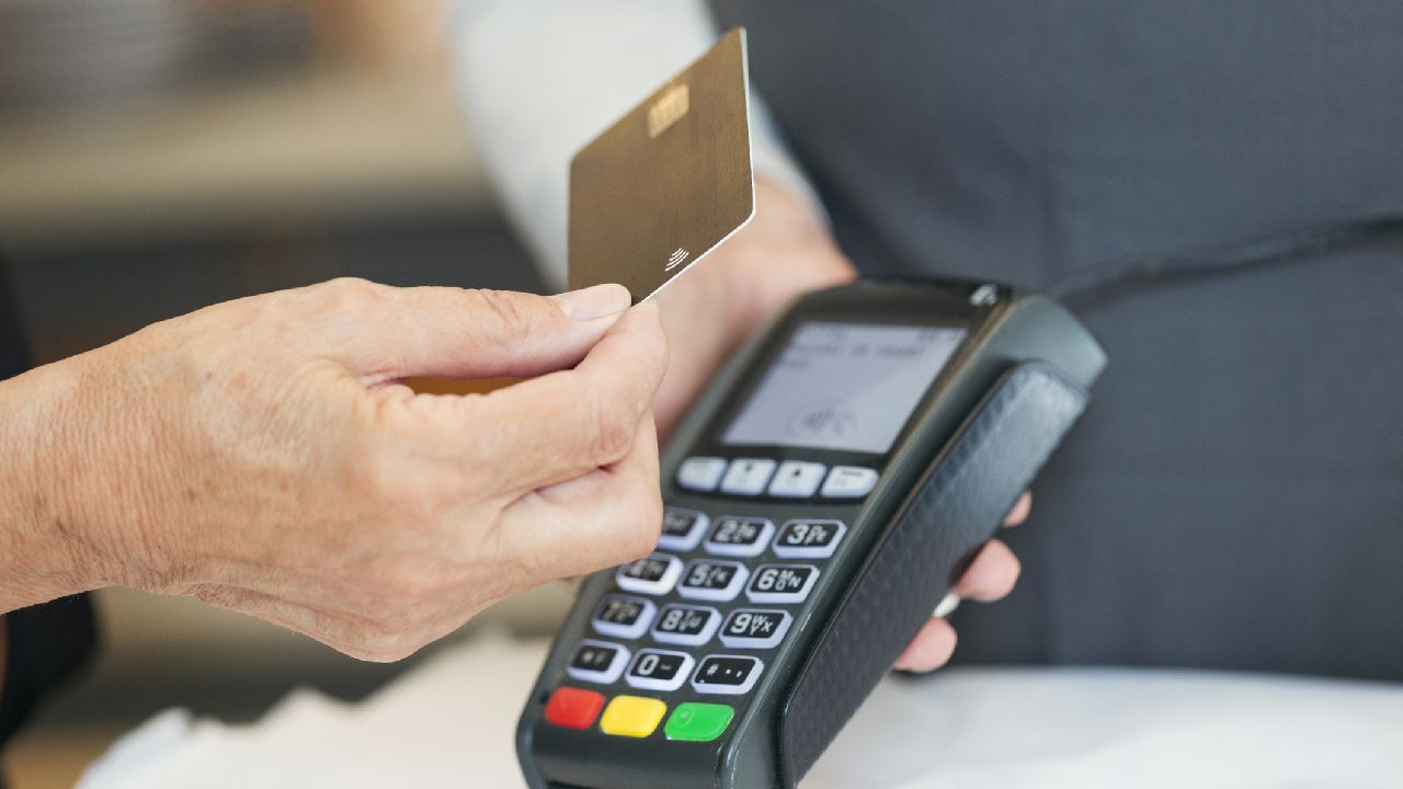 3 ways to splurge wisely