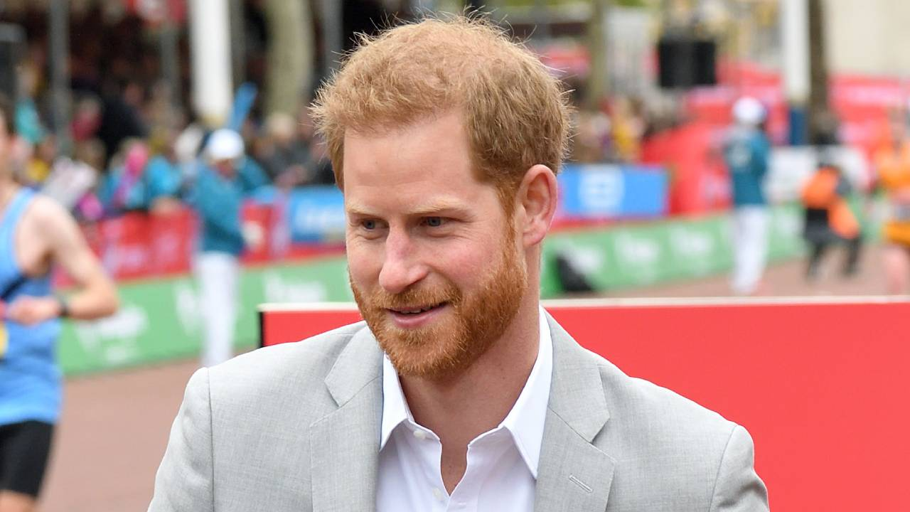 Prince Harry surprises fans and leaves BIG clue about Baby Sussex's arrival