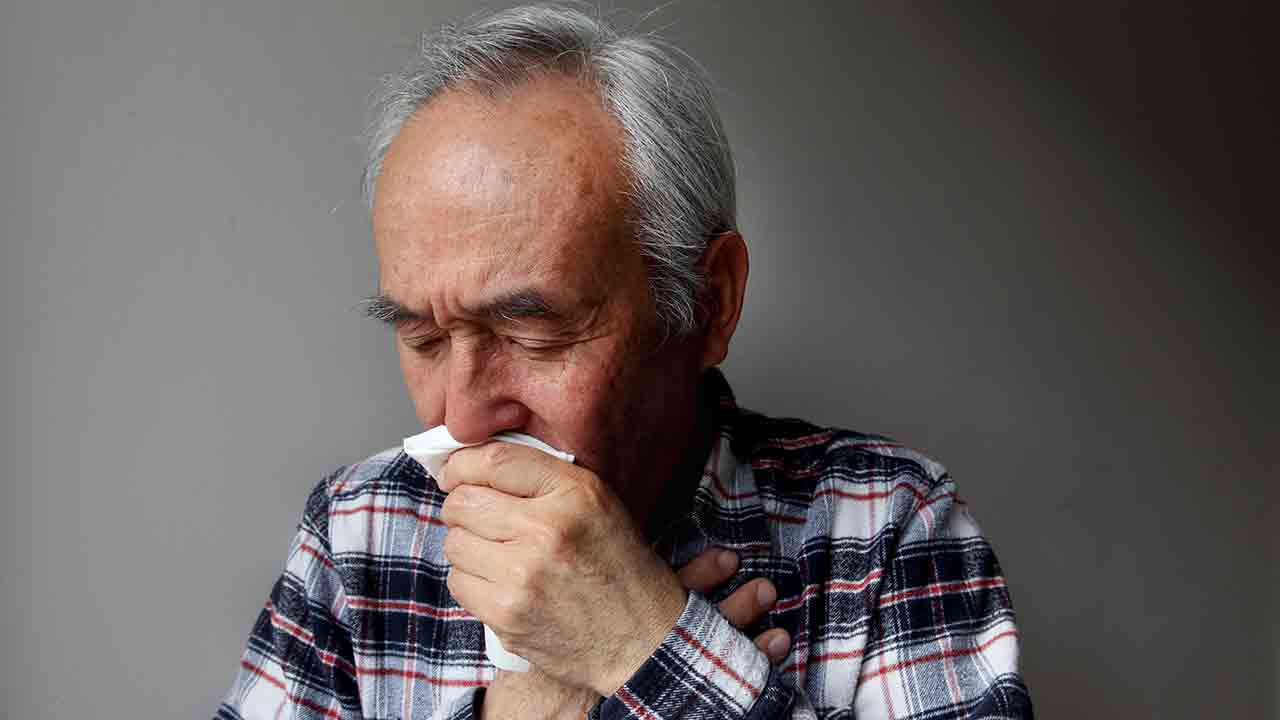 5 steps to stop a nosebleed