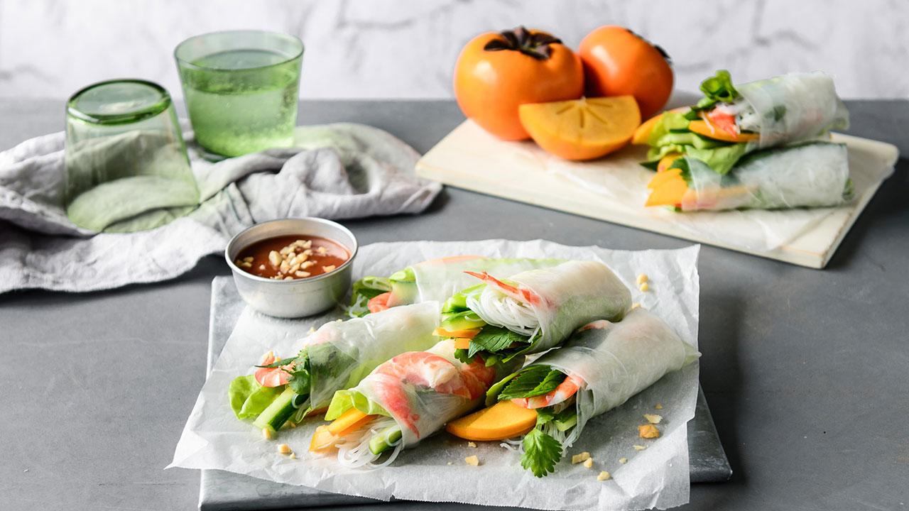 Zesty persimmon prawn rice paper roll