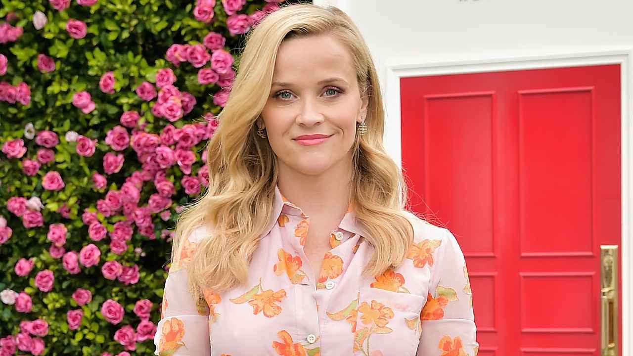Reese Witherspoon just chopped off all her hair: The chic style that suits everyone