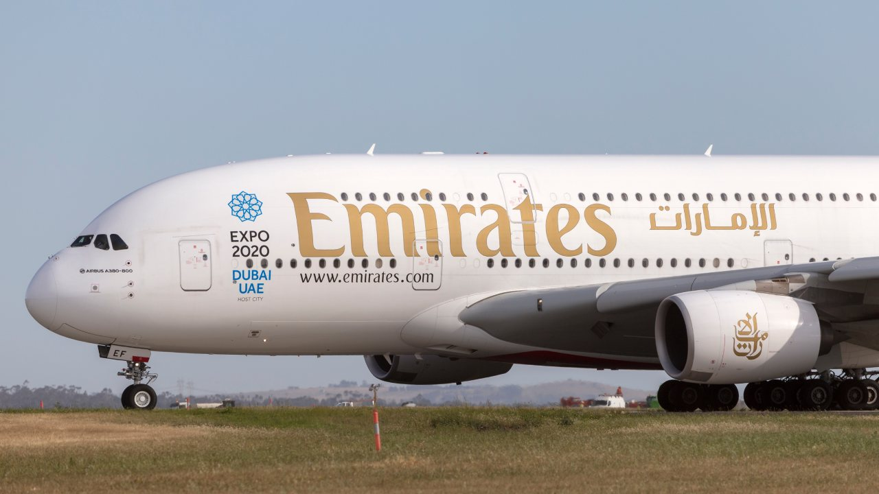 Aussie woman sues Emirates claiming she was denied adequate water