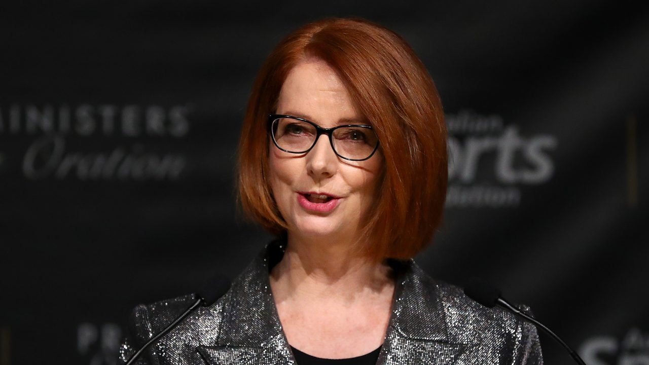 """""""I'm so sorry"""": The touching letter Julia Gillard received on a flight"""