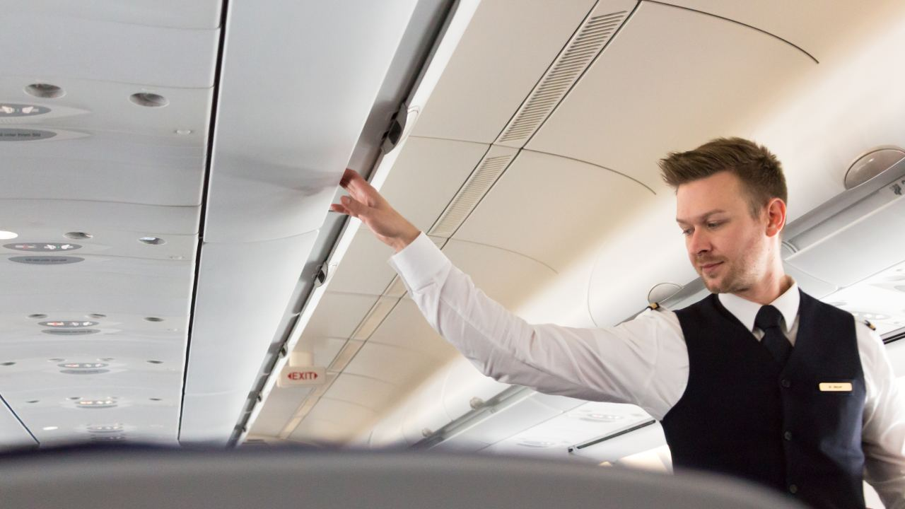 4 things your flight attendant wishes you knew