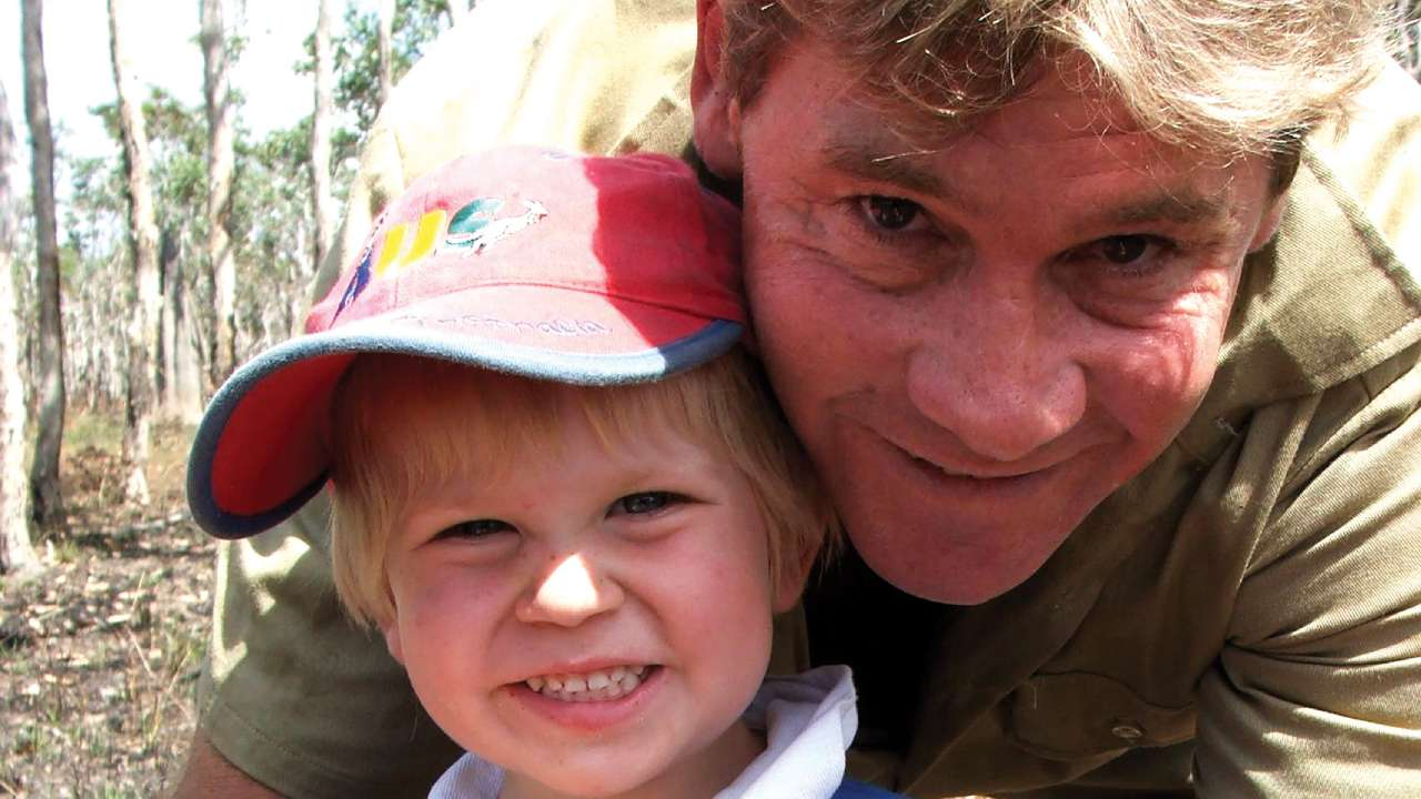 Robert Irwin just recreated an iconic photo of his dad – and it will blow you away