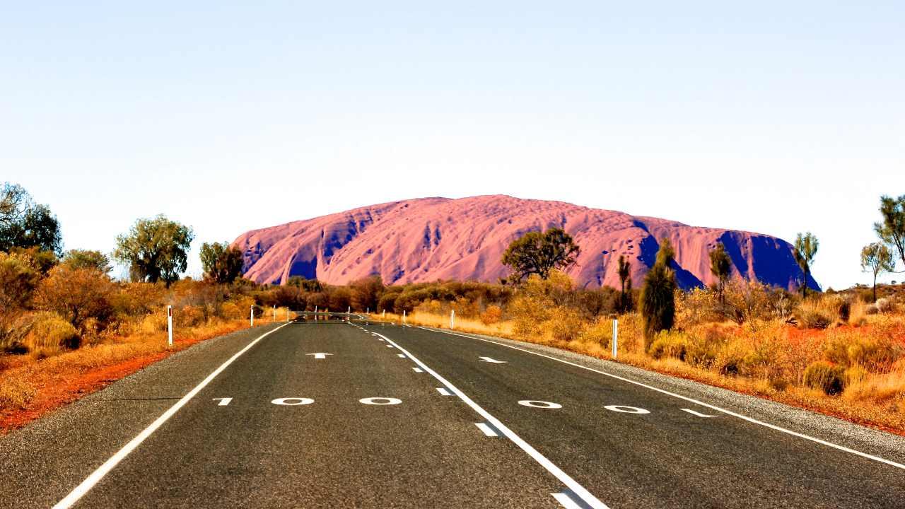 "Shocking photo reveals BIG problem with Uluru: ""It makes me sick"""