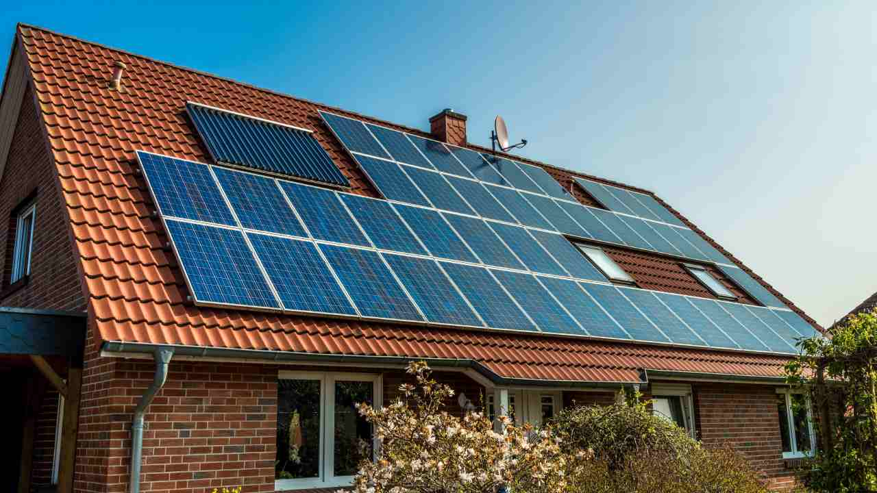 How solar panels can help you cut the cost on your electricity bill