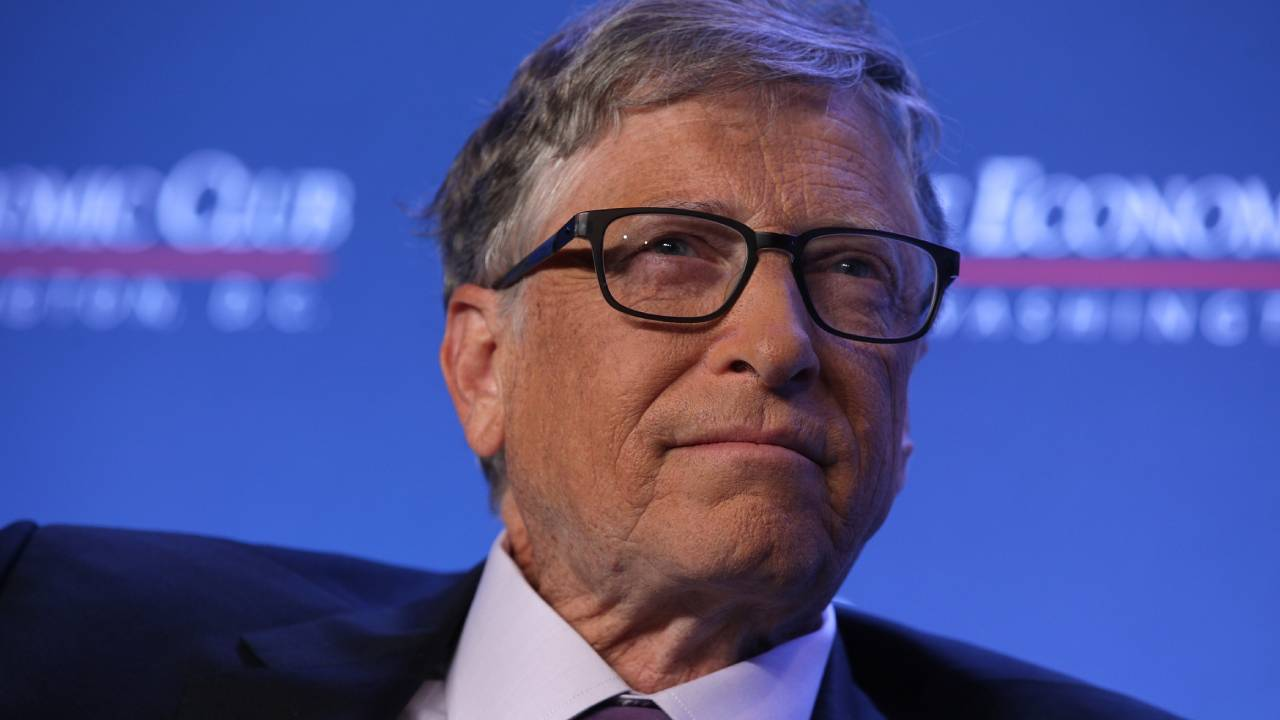 """Bill Gates gets candid about rival Steve Jobs: He """"cast spells on people"""""""
