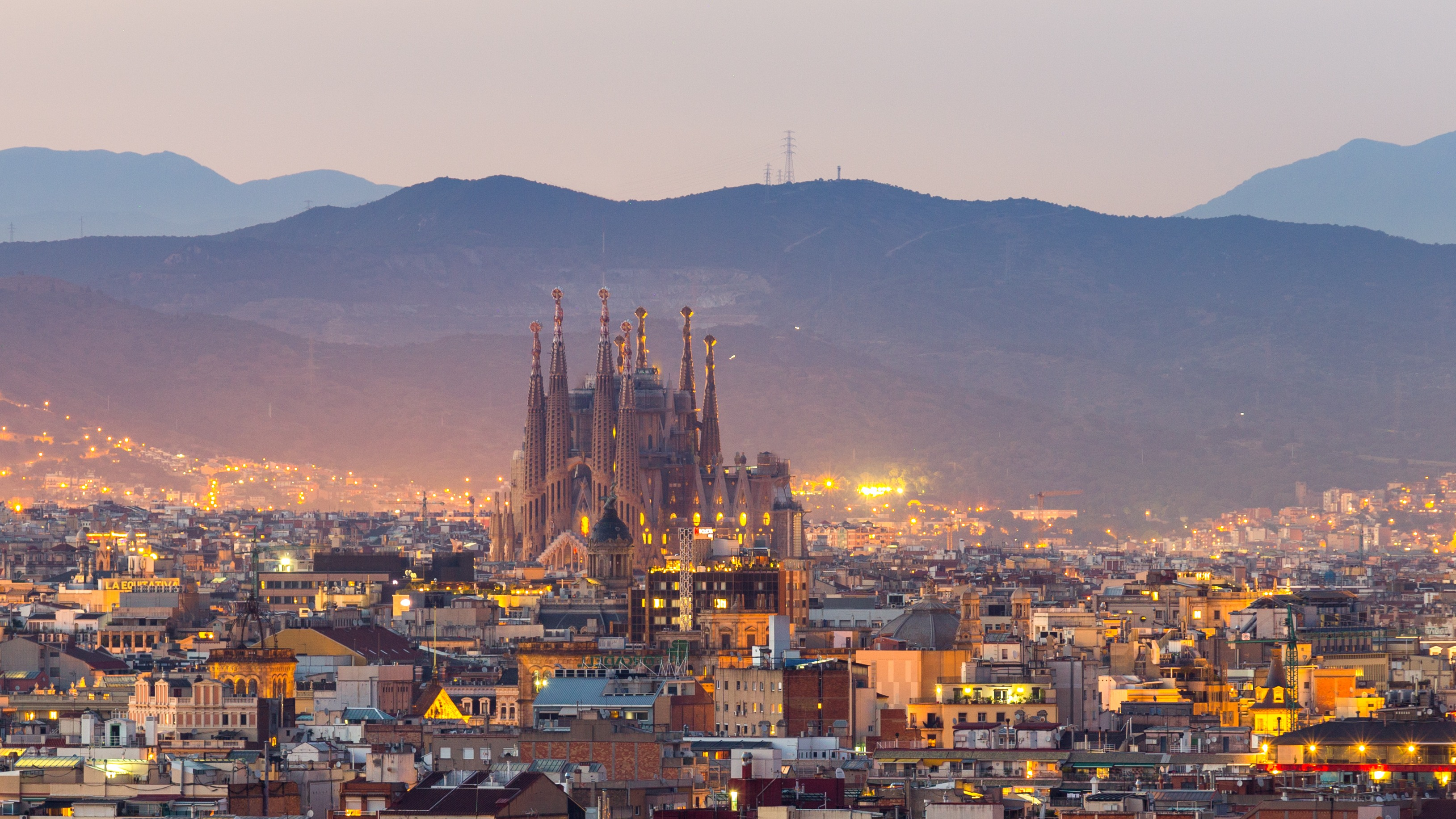 Valencia: The golden city of Spain