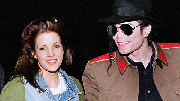 "Lisa Marie Presley set to write ""shocking"" tell-all book about Michael Jackson and Elvis"