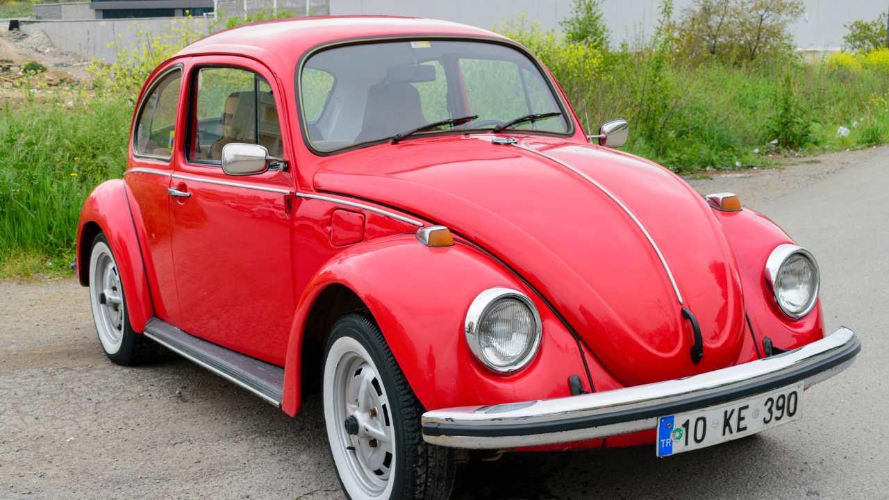 Volkswagen halt production of the last version of Beetle model