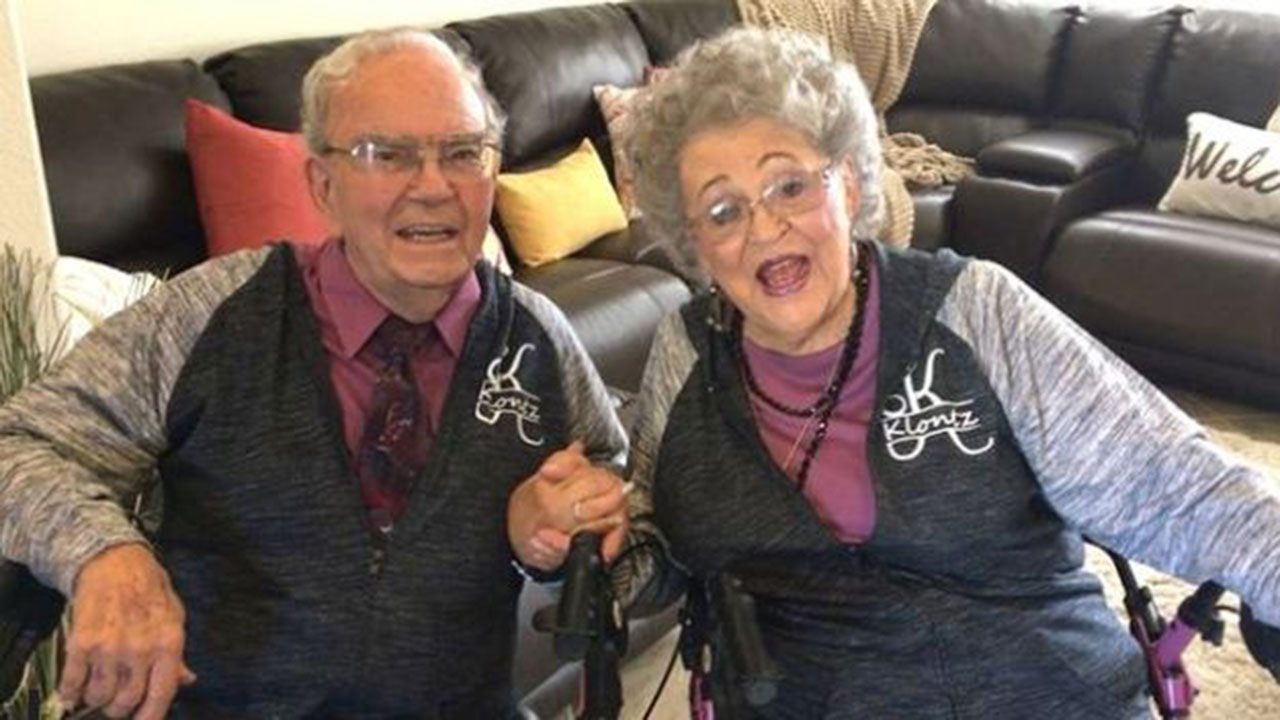 Secret to happy marriage? Couple has worn matching outfits for 70 years