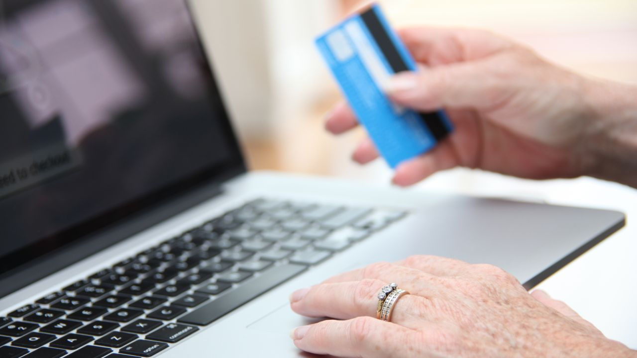 """""""Be extra vigilant"""": One in four retirees losing $1,000 to credit card scams"""