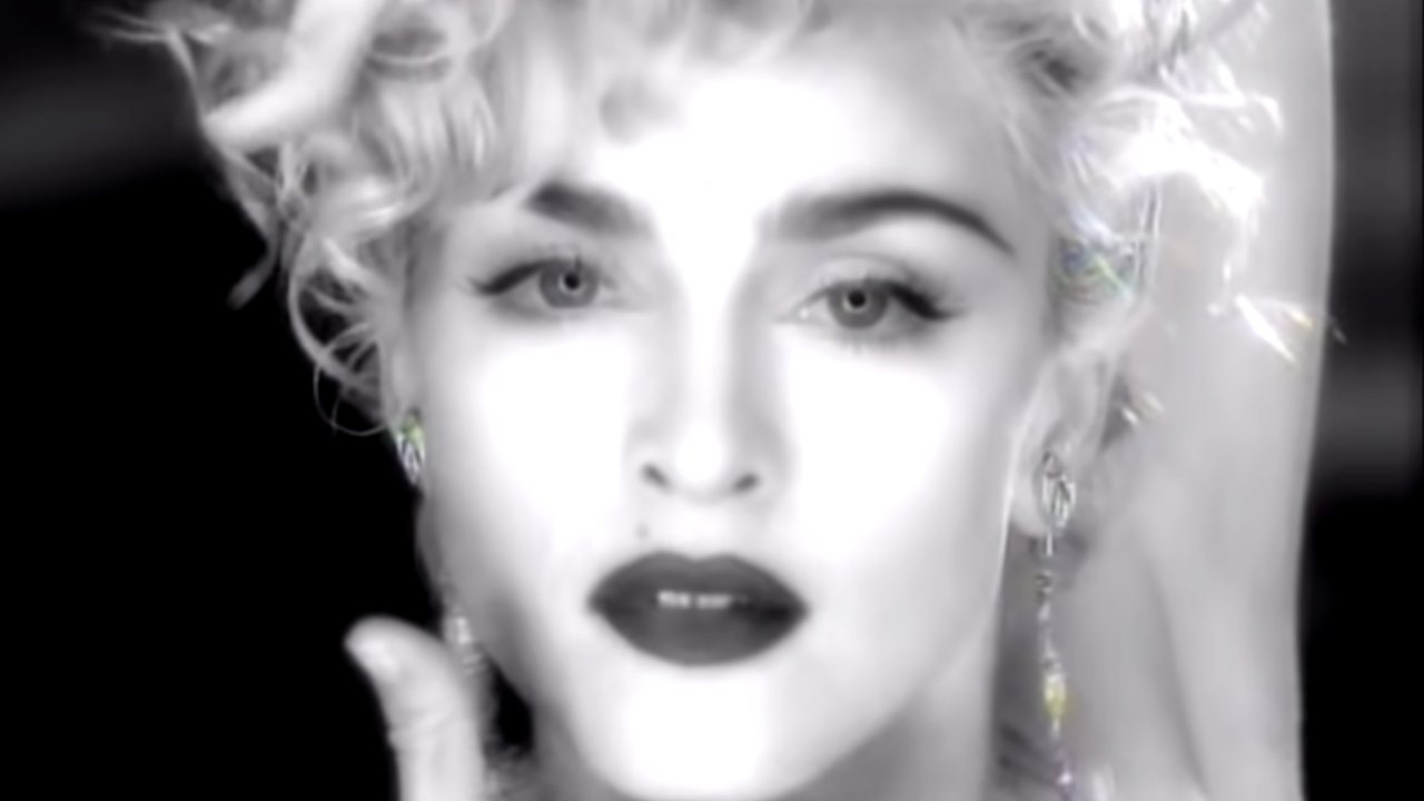 """Madonna reveals hidden story behind iconic """"Vogue"""" music clip"""