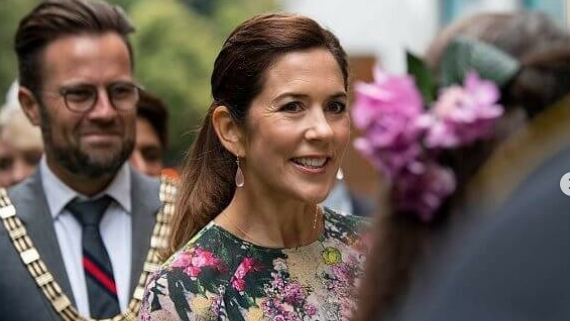 Aussie gem! Princess Mary's week in pictures
