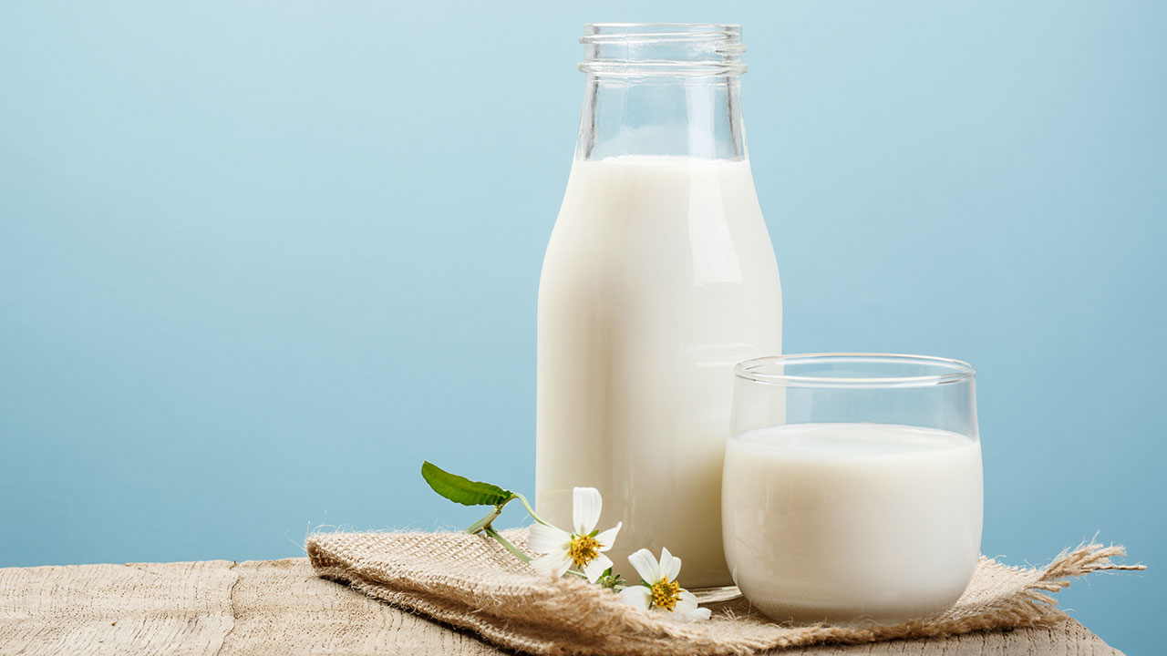 Why full-fat milk is now OK if you're healthy