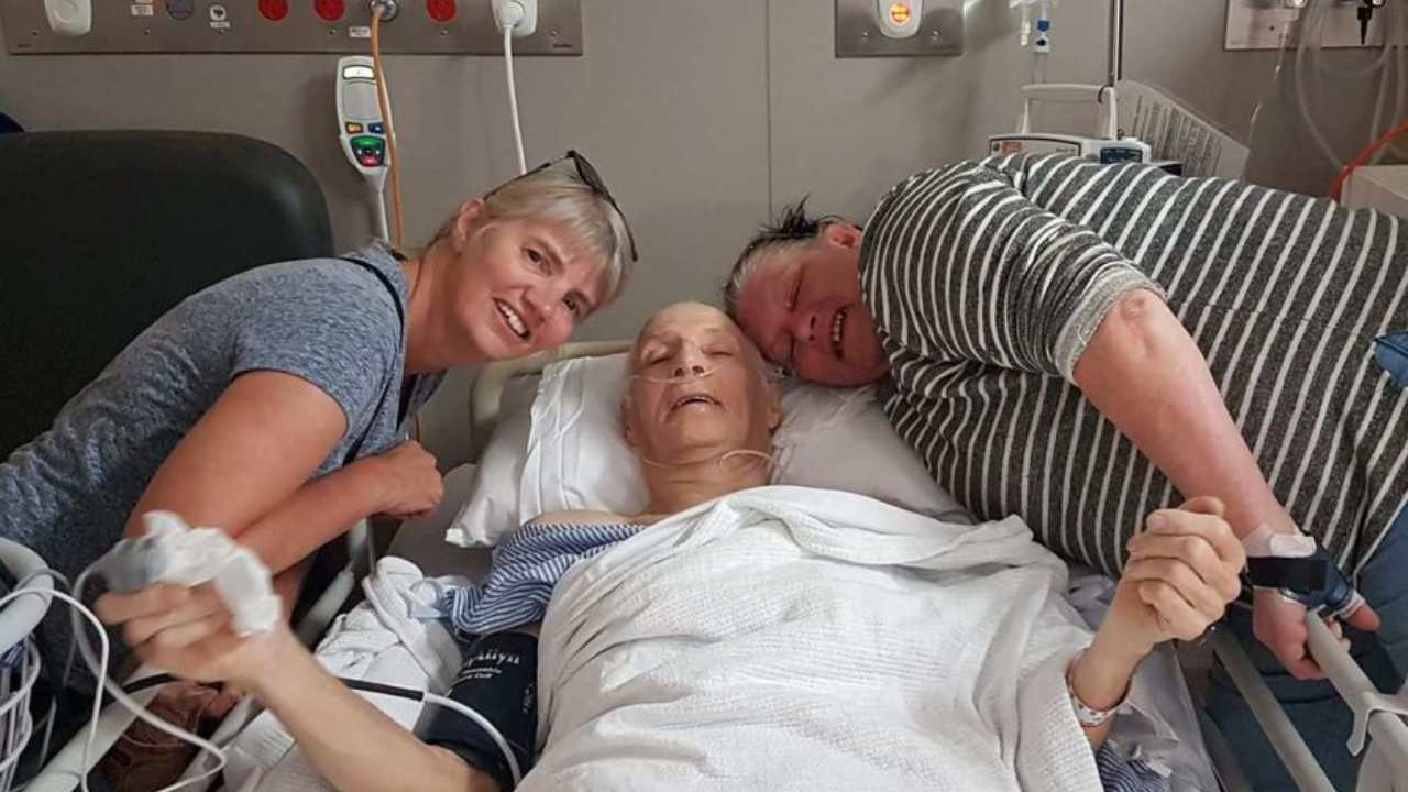 """""""They kept walking"""": 78-year-old man breaks hip and is left on the road without help"""