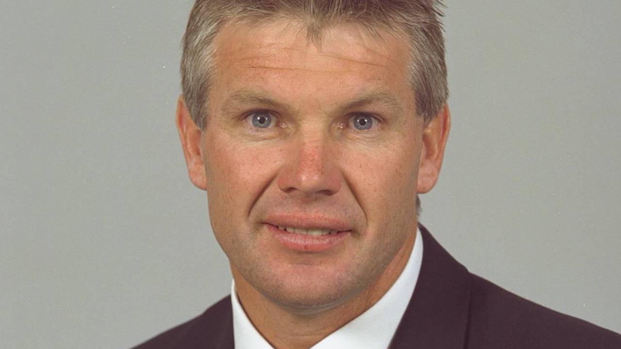"""Devastated"": AFL coach Danny Frawley's family release statement about his death"